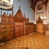 Plenarsaal: unter dem Mecklenburger und Vorpommernwappen wird das Präsidium errichtet. © 2007 BBL M-V