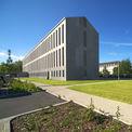 Blick aus süd-östlicher Richtung auf den 95m langen und 11 5m breiten Neubau. © 2011 Betrieb für Bau und Liegenschaften Mecklenburg-Vorpommern