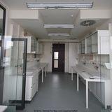 Blick in ein Labor © 2012 Betrieb für Bau und Liegenschaften Mecklenburg-Vorpommern