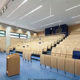 Dank modernster Konferenztechnik lassen sich Vorlesungen mit bis zu 1.050 Zuhörern realisieren. © 2012 Betrieb für Bau und Liegenschaften Mecklenburg-Vorpommern