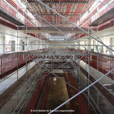 Die zentrale offene Galerie wird die natürliche Belichtung bis in das Erdgeschoss gewährleisten. Angrenzend werden sich später die Regale mit Büchern reihen. © 2014 Betrieb für Bau und Liegenschaften Mecklenburg-Vorpommern