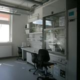 Blick in einen Laborraum © 2015 Betrieb für Bau und Liegenschaften Mecklenburg-Vorpommern