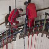 Die beschädigte Stufe wird durch einen Platzhalter ersetzt und nach der Restaurierung wieder eingebaut. © Lutz Grünke  Binz