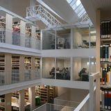 4 von insgesamt 5 Gruppenkabinen befinden sich im 3. und 4. Obergeschoss der Bibliothek © 2016 Betrieb für Bau und Liegenschaften Mecklenburg-Vorpommern