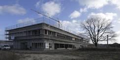 Blick auf den Rohbau des Wirtschafts- und Betreuungsgebäudes © 2016 Betrieb für Bau und Liegenschaften Mecklenburg-Vorpommern