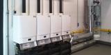 Viererkaskade Gaswandheizkessel zur Spitzenlastversorgung des  Nahwärmenetzes in Rostock-Waldeck. © 2016 Betrieb für Bau und Liegenschaften Mecklenburg-Vorpommern