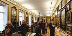 Besucher in der Gemäldegalerie zum Offenen Schloss für alle am 6. März 2016. © 2016 Staatliches Museum Schwerin