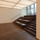 Blick aus dem unteren Saal im Haus der Moderne  das vom Land M-V mit der Unterstützung der EU für 8 4 Mio. Euro vom BBL M-V errichtet werden konnte. © 2016 Betrieb für Bau und Liegenschaften Mecklenburg-Vorpommern