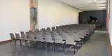 Bestuhlung im sanierten Raum. © 2017 Betrieb für Bau und Liegenschaften Mecklenburg-Vorpommern