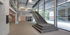 Im Foyer. © 2012 Betrieb für Bau und Liegenschaften Mecklenburg-Vorpommern