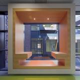 Blick in den Lichthof des Laborgebäudes © Rainer Mader