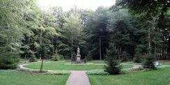 Der Platz für das Denkmal Friedrich der Fromme nach der Sanierung. © 2018 Betrieb für Bau und Liegenschaften Mecklenburg-Vorpommern