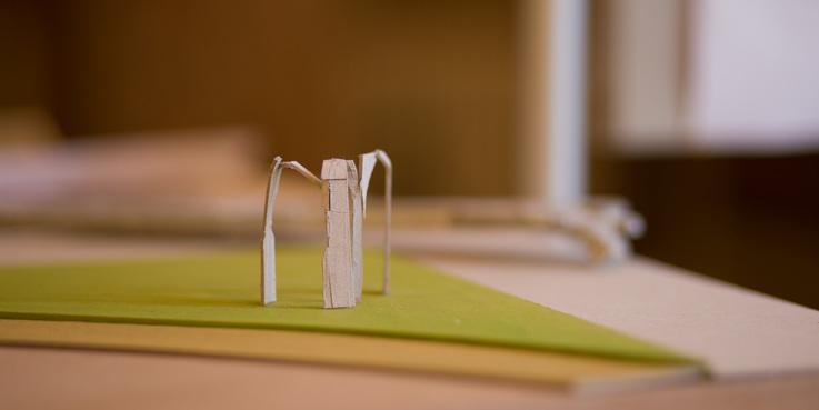 Modell des Siegerentwurfs  Reigen  der Schweriner Künstlerin Julia Hansen. © 2017 Betrieb für Bau und Liegenschaften Mecklenburg-Vorpommern