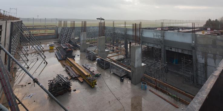 Blick vom Baugerüst in den Rohbau. © 2017 Betrieb für Bau und Liegenschaften Mecklenburg-Vorpommern