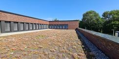 begrünte Dachterrasse des Innenhofes des Obergeschosses © 2020 Staatliches Bau- und Liegenschaftsamt Neubrandenburg
