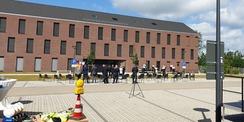 Dienstgebäude mit Kfz-Halle der 1. Bereitschaftspolizeihundertschaft im Polizeizentrum Schwerin © 2020 Staatliches Bau- und Liegenschaftsamt Schwerin