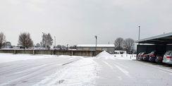 Die Parkplätze wurden vom Schnee befreit. © 2021 SBL Schwerin