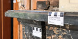 Spurensuche - Markierungen der Restauratoren an einem Kamin im sogenannten Damenflügel des Schlosses Ludwigslust. © 2018 Betrieb für Bau und Liegenschaften Mecklenburg-Vorpommern