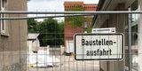 Die Baustelle in der Brinkstraße ist Mitte des Jahres eingerichtet worden. Geplante Bauzeit sind 30 Monate. © 2018 frank . milenz . rabenseifner  -  architekten  Greifswald