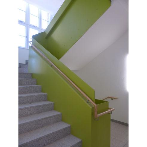 Treppenraum ins Obergeschoss  in denen auch Speiseräume untergebracht sind © 2018 Betrieb für Bau und Liegenschaften Mecklenburg-Vorpommern