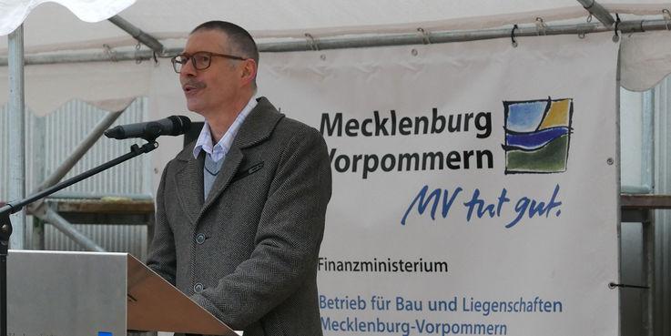 Prof. Dr. Ralf Schneider  Direktor des Universitätsrechenzentrums  bei seinem Grußwort © 2018 Betrieb für Bau und Liegenschaften Mecklenburg-Vorpommern