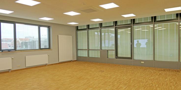 Der neue Seminarraum bietet diverse Nutzungsmöglichkeiten. © 2019 Betrieb für Bau und Liegenschaften Mecklenburg-Vorpommern