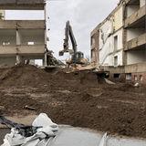 7.2.2019 - Stück für Stück wird abgetragen. Der Anbau erfolgte in den 1970er Jahren in Plattenbauweise. © 2019 Betrieb für Bau und Liegenschaften Mecklenburg-Vorpommern