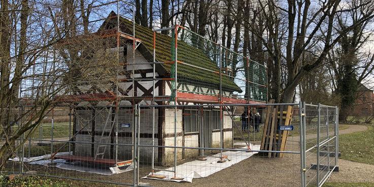 Das Gartenhaus wird ebenfalls mit EU-Mitteln aus dem ELER-Programm denkmalgerecht saniert. © 2019 Betrieb für Bau und Liegenschaften Mecklenburg-Vorpommern