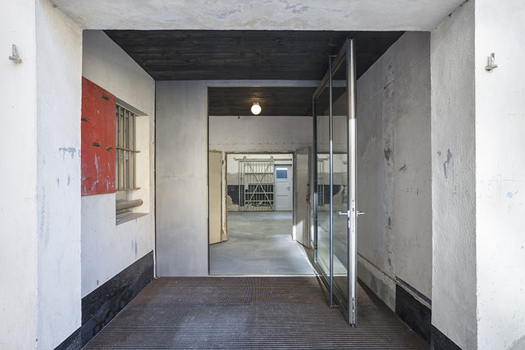 Blick in die Dokumentationsstätte. © 2019 Jürgen Holzenleuchter  Architekt: Thomas Schlutt  Architekt BDA (schluttundschuldt a r c h i t e k t e n)