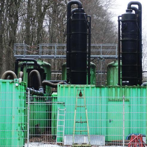Seit Oktober 2008 sind bis Ende April 2019 fast 14 Millionen Kubikmeter Grundwasser von den Schadstoffen LCKW befreit worden. Das Land M-V investierte bis jetzt 14 7 Millionen Euro in die Reinigung des Grundwassers. © 2016 Betrieb für Bau und Liegenschaften Mecklenburg-Vorpommern