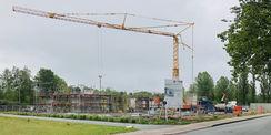 Der Neubau wächst - Ende Mai 2019 liegen die Bodenplatte und es stehen die Wände des Erdgeschosses. Die Filigrandecke wird in den kommenden Tagen gesetzt. © 2019 Betrieb für Bau und Liegenschaften Mecklenburg-Vorpommern