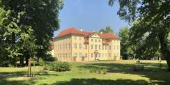 Das Schloss und der Schlosspark sind bereits zwischen 2007 und 2014 vom BBL M-V hergerichtet worden. © 2021 SBL Schwerin