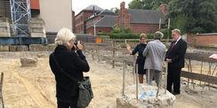 Über den Baustellenbesuch berichtet die Ostsee-Zeitung in ihrer Ausgabe vom 8. August 2019. © 2019 Betrieb für Bau und Liegenschaften Mecklenburg-Vorpommern