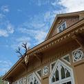 Das Dach und die Fassaden wurden aufwendig saniert. © 2019 Betrieb für Bau und Liegenschaften Mecklenburg-Vorpommern