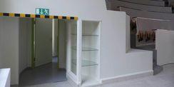 Das Hörsaalgestühl kann komplett unterlaufen werden  hier befinden sich u.a. WC-Räume © 2018 Betrieb für Bau und Liegenschaften Mecklenburg-Vorpommern
