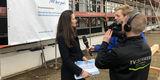 Carmen-Alina Botezatu vom BBL M-V im Interview mit den Redakteuren des Senders MV1. © 2019 Betrieb für Bau und Liegenschaften Mecklenburg-Vorpommern