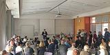 Finanzminister Reinhard Meyer bei seiner erfrischenden Rede zur Verabschiedung von Helga Maaser. © 2019 Betrieb für Bau und Liegenschaften Mecklenburg-Vorpommern