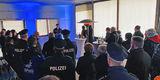 Thomas Dabel vom Polizeipräsidium Rostock richtet das Grußwort des Polizeipräsidenten Peter Mainka aus. © 2020 Christian Hoffmann  Finanzministerium Mecklenburg-Vorpommern