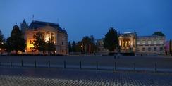Mecklenburgisches Staatstheater und Staatliches Museum Schwerin by night. © 2020 Staatliches Bau- und Liegenschaftsamt Schwerin