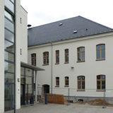 Blick auf die Rückseite mit dem Verbindungsneubau Haus 2 © 2020 milatz.schmidt architekten gmbh  Neubrandenburg
