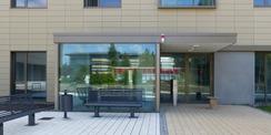 Haupteingangsbereich Seminar- und Verwaltungsgebäude © 2020 SBL Greifswald