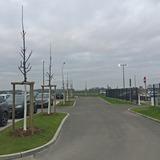 Die Zufahrt zum Parkplatz ist mit einer Schrankenanlage gesichert. © 2020 Polizeipräsidium Rostock