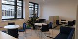 Aufenthaltsbereich am Zentralen offenem Treppenhaus im 2. Obergeschoss © 2020 Staatliches Bau- und Liegenschaftsamt Greifswald