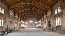 Blick in die Marstallhalle – ehemalige Reithalle – sie soll als repräsentativer Saal für öffentliche Veranstaltungen hergerichtet werden. © 2021 SBL Neubrandenburg
