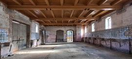 Die Holzbalkendecke ist nach historischem Befund komplett erneuert worden. © 2021 SBL Neubrandenburg