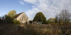 Das Land Mecklenburg-Vorpommern verkauft in Wüst-Eldena eine teilweise verpachtete Gebäude- und Freifläche sowie Verkehrs- und Landwirtschaftsfläche. © 2021 Finanzministerium M-V