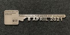 Der symbolische Übergabeschlüssel © 2021 SBL Greifswald