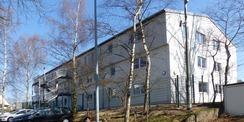 Blick aus SW auf die Rückseite des sanierten Gebäudes mit Fluchttreppe © 2021 SBL Greifswald