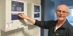 Eckhard Reif gehört zum Technischen Betriebsdienst des SBL Rostock. Auch zur Übergabe muss im Mietobjekt alles seine Ordnung haben. © 2021 Christian Hoffmann  FM M-V