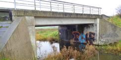21.11.2017 - Drittklassig! Brücke über die Recknitz vor der Sanierung. © 2021 SBL Rostock